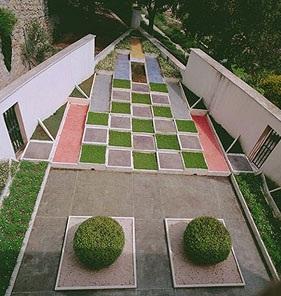 L 39 art des jardins au travers des ges for Jardin villa noailles hyeres